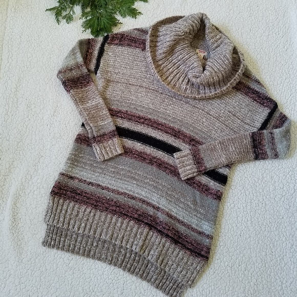 bd0b114ce3e Mossimo Supply Co. Sweaters - Mossimo Chunky Knit Beige Pink Turtleneck  Sweater